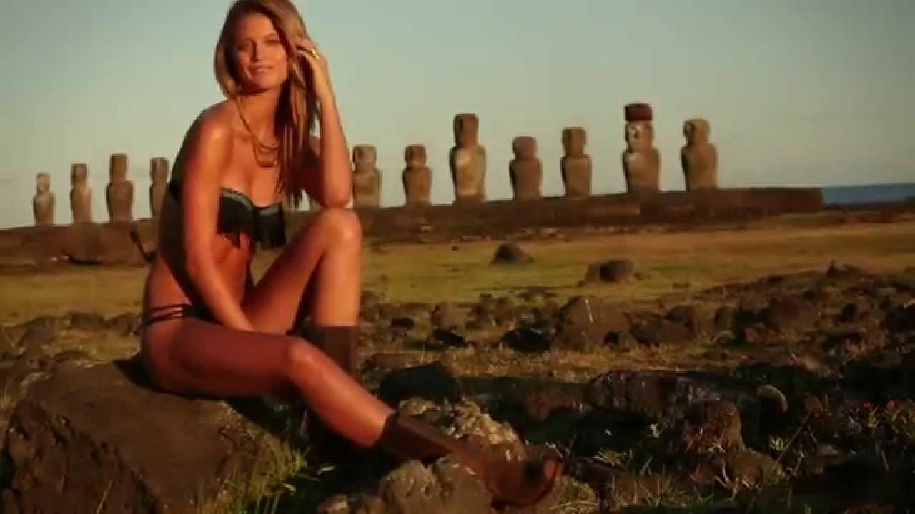 Sports Illustrated Swimsuit, Swimsuit Adventure In Easter Island