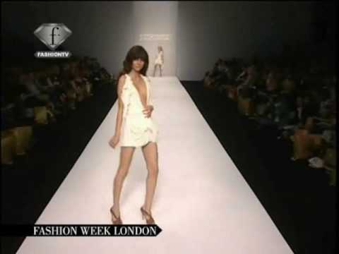 Sexy Models On The Runway