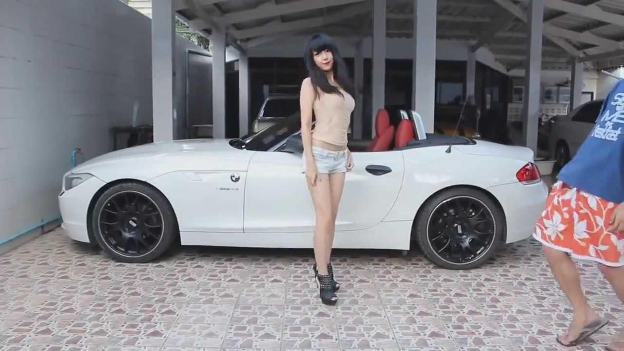 Cute Vs Sexy Thailand Girl Dancing